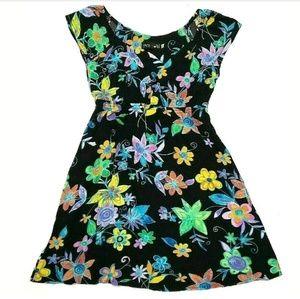 Jams World Womens Dress Floral Empire Waist V-Neck